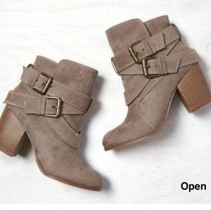 AEO Double Wrap Bootie - Taupe